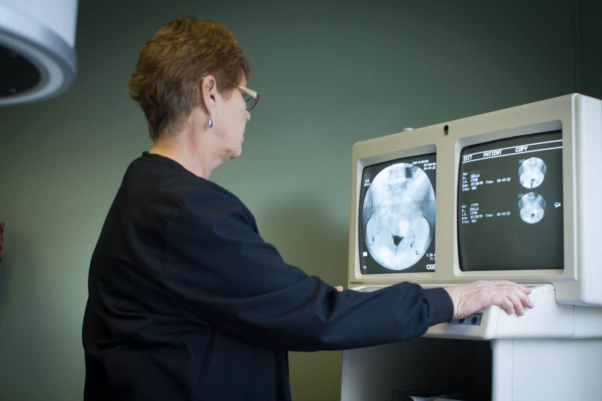 Doctor Live أشعة الصبغة على الرحم بالتخدير